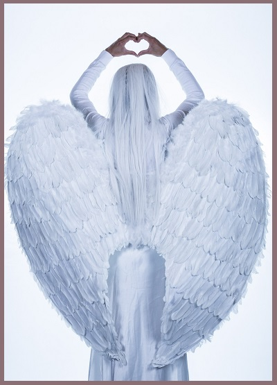 Corporate events, parties, tarot readings, angel messages, spirit, fortune teller